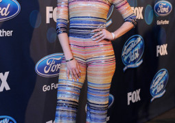 HOLLYWOOD, CA - MARCH 17: Judge Jennifer Lopez at FOX's American Idol Season 15 on March 17, 2016 in Hollywood, California. (Photo by Ray Mickshaw/FOX via Getty Images)